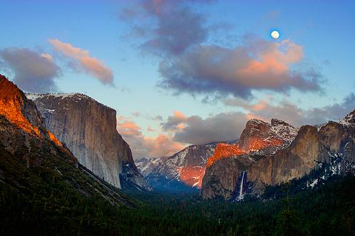 Sunset over Yosemite Valley