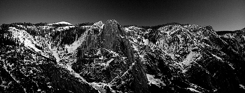 Looking across Yosemite Valley from the Yosemite Falls Trail